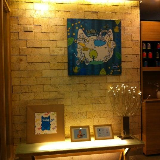 4/4/2012 tarihinde Meliziyaretçi tarafından TeaTap Cafe'de çekilen fotoğraf