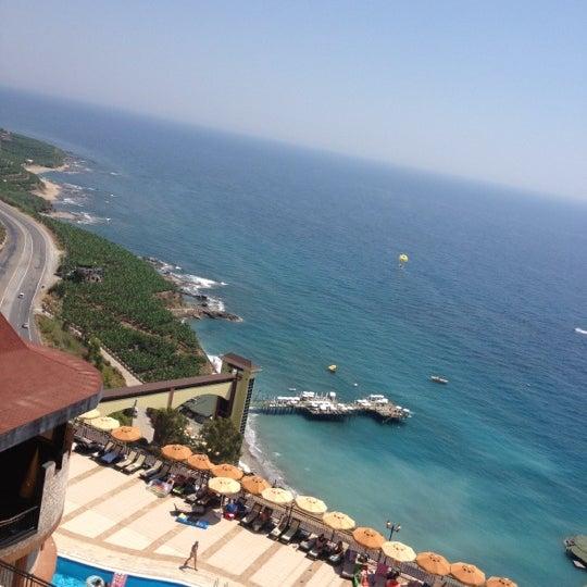 7/6/2012 tarihinde Юлия💝💝 П.ziyaretçi tarafından Utopia World Hotel'de çekilen fotoğraf