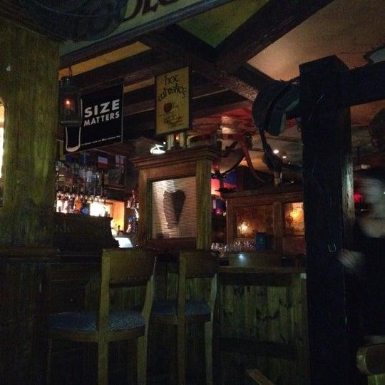 Photo taken at Fadó Irish Pub & Restaurant by Jesse J. on 5/29/2012