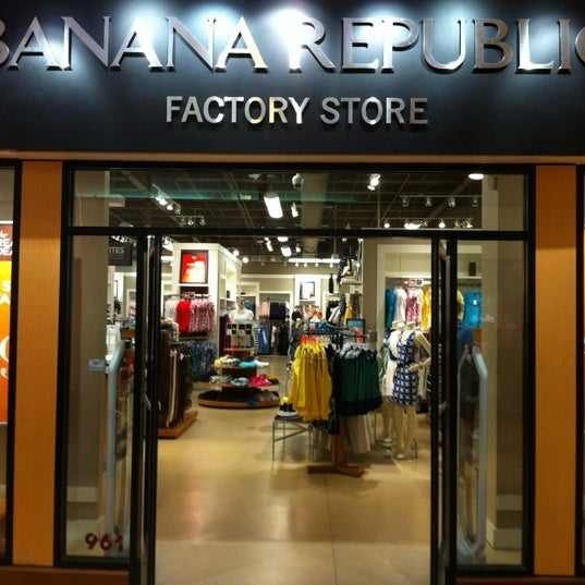 Oct 02,  · Mel and Patricia Ziegler co-founded Banana Republic back in The company was bought by Gap in and now operates as a division, now .