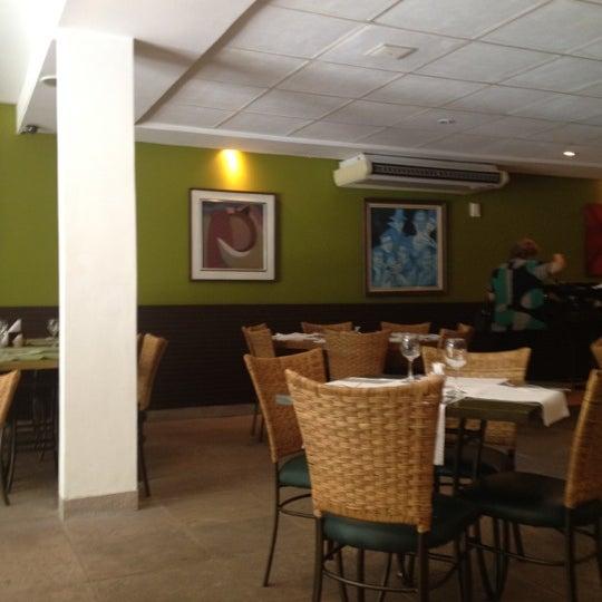 Foto tirada no(a) Limone Restaurante e Café por Lelex B. em 6/13/2012
