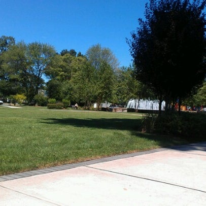 Photo taken at Lyndhurst Town Hall Park by Marlena on 8/29/2012