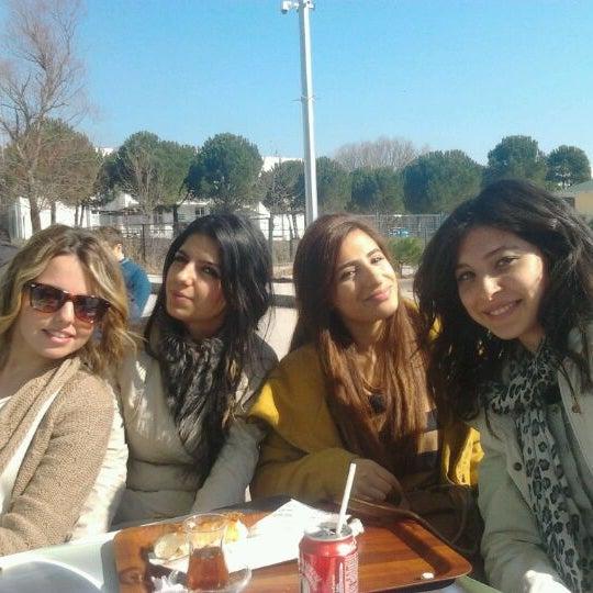 2/21/2012 tarihinde Aslı G.ziyaretçi tarafından Mimoza'de çekilen fotoğraf