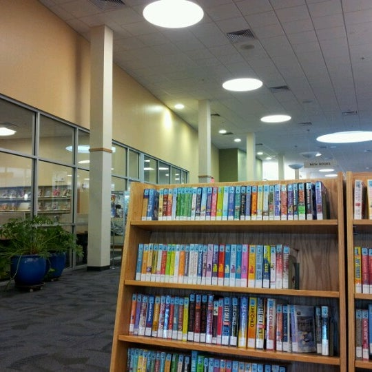 Photo taken at Cuyahoga Falls Library by Lisa on 7/6/2012