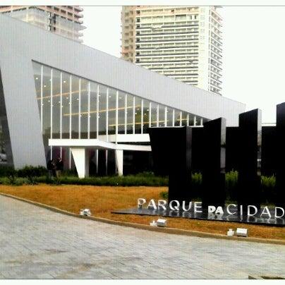 Foto tirada no(a) Obras Parque da Cidade por F Baroni B. em 9/1/2012