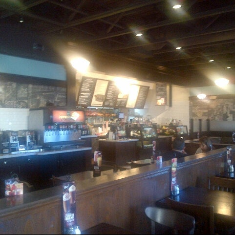 Photo taken at Corner Bakery Cafe by Mike H. on 7/18/2012