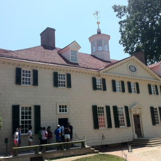 Photo taken at George Washington's Mount Vernon by Jim R. on 7/4/2012