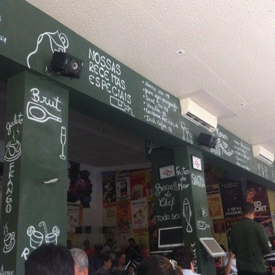 Foto tirada no(a) Verissimo Bar por Marcelo B. em 9/1/2012