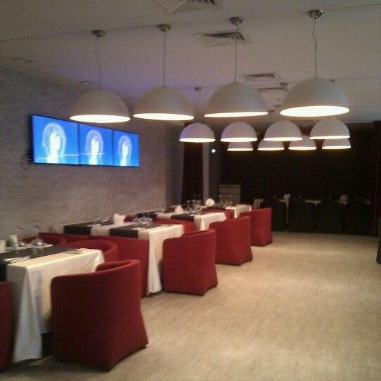 Снимок сделан в resto-bar Гости пользователем Ksenia G. 5/21/2012