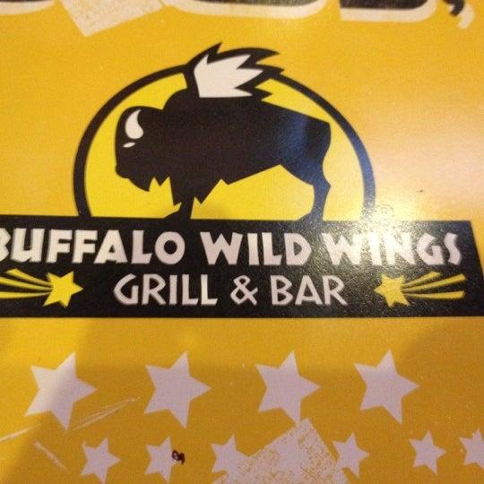 Photo taken at Buffalo Wild Wings by Lynne J. on 5/9/2012