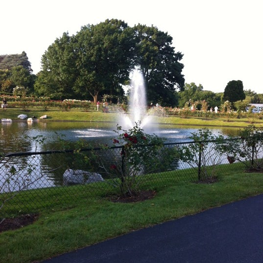 Photo taken at Hershey Gardens by Marie J. on 6/9/2012