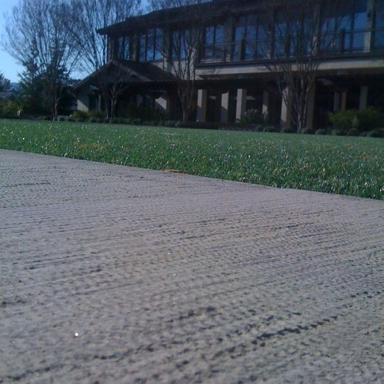 Photo taken at Andreessen Horowitz by Gabriel H. on 3/2/2012