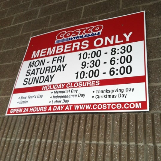 Photo taken at Costco Wholesale by Florence W. on 8/10/2017