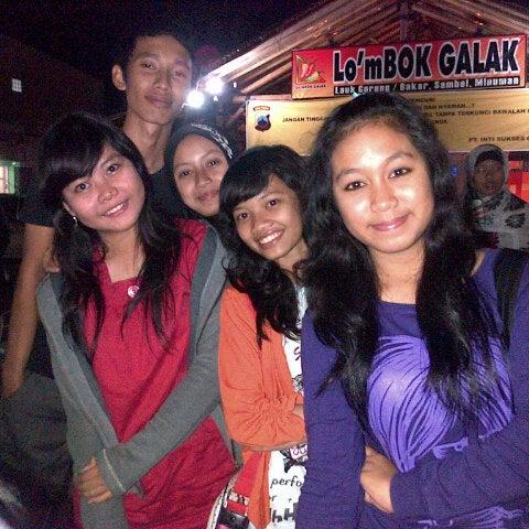 Photo taken at Lombok Galak by Aqmarina K. on 8/11/2012