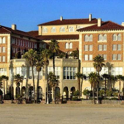 รูปภาพถ่ายที่ Casa Del Mar Hotel โดย Arthur B. เมื่อ 7/20/2012