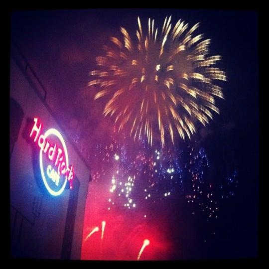 Photo taken at Hard Rock Cafe Nashville by Ashley E. on 7/5/2012