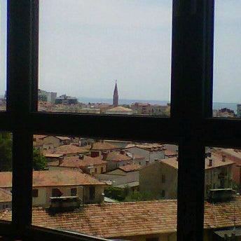 5/9/2012 tarihinde Roberto B.ziyaretçi tarafından Laguna Sky Restaurant'de çekilen fotoğraf