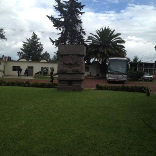 Foto tomada en Gran Teocalli por Miguel P. el 8/17/2012