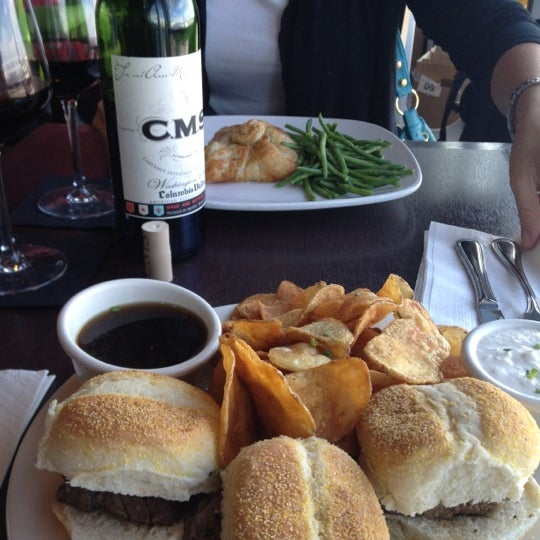 Sliders are tender, and wine under $30. Great, even at airport.