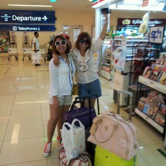 Das Foto wurde bei Tanah Merah Ferry Terminal von Melayu J. am 5/16/2012 aufgenommen