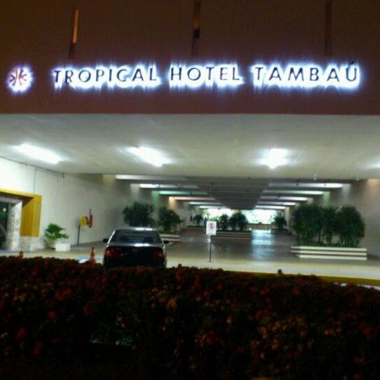 Foto tirada no(a) Tropical Hotel Tambaú por Eneida M. em 9/6/2012