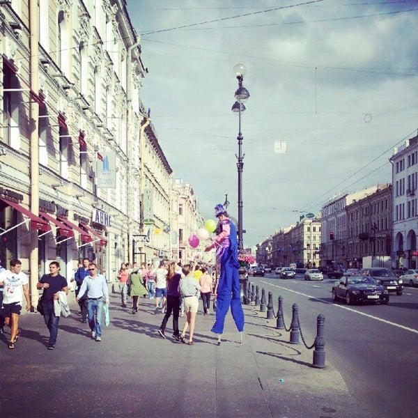 Foto tomada en Hotel Nevsky Contour por Сергей С. el 8/15/2012