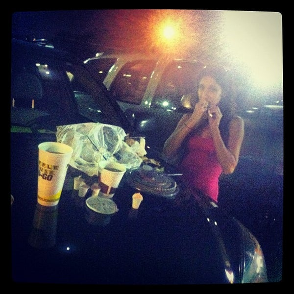 Photo taken at Waffle House by Devan L. on 9/1/2012