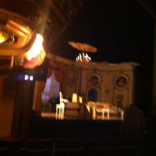 รูปภาพถ่ายที่ Belasco Theatre โดย Melanie K. เมื่อ 3/28/2012