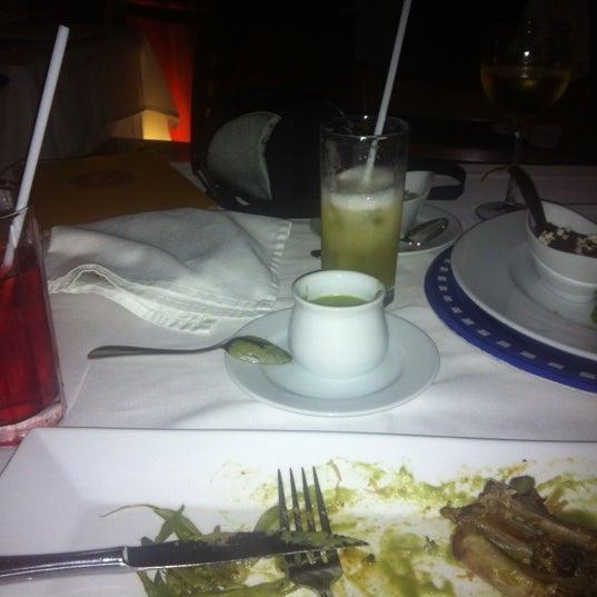 Foto tomada en Catedral Restaurante & Bar por Miguel A. G. el 6/11/2012