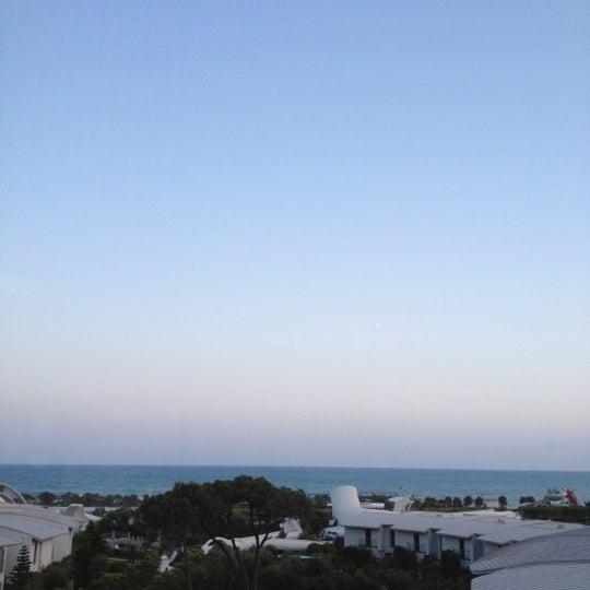 5/24/2012 tarihinde Müge Ç.ziyaretçi tarafından Cornelia Diamond Golf Resort & Spa'de çekilen fotoğraf
