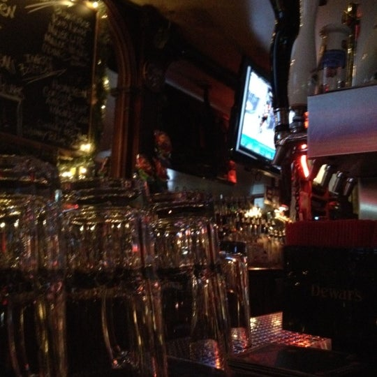 Photo taken at Bleecker Street Bar by Cleodius W. on 3/7/2012