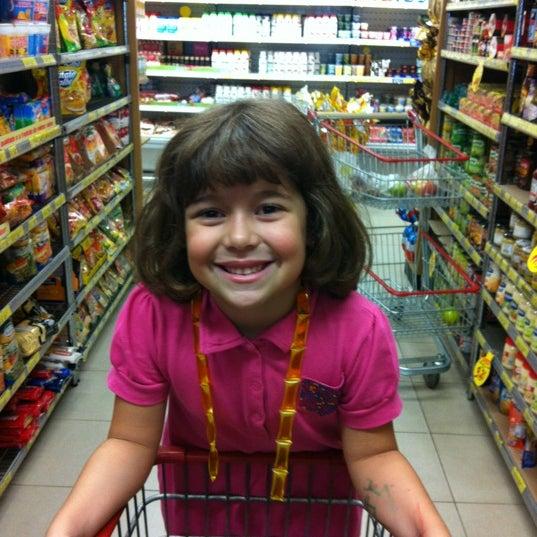 Foto tirada no(a) Center Pão por Laura C. em 4/1/2012