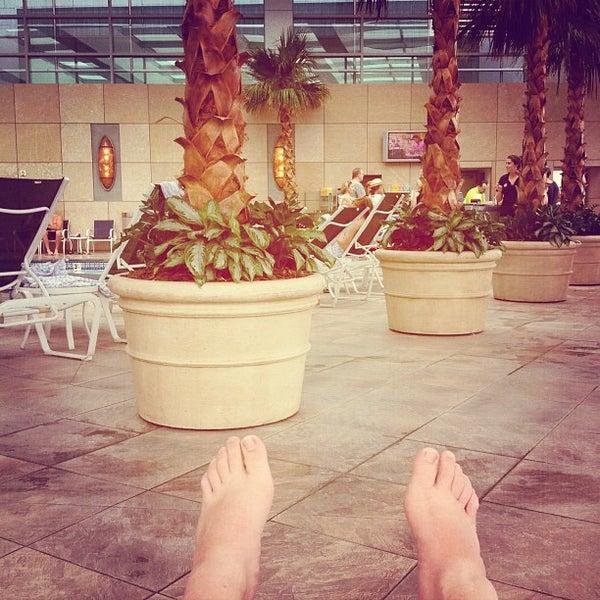 Photo taken at Mohegan Sun Pool by Harris D. on 8/18/2012