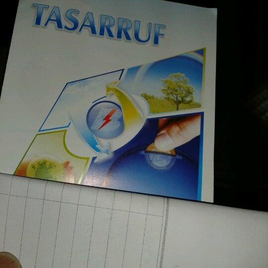 Foto scattata a Boğaziçi Elektrik Genel Müdürlüğü (Bedaş) da Masseur T. il 6/19/2012