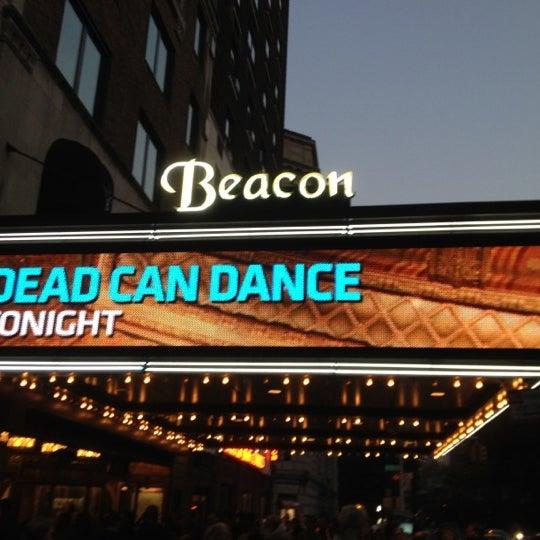 รูปภาพถ่ายที่ Beacon Theatre โดย Steven K. เมื่อ 8/30/2012