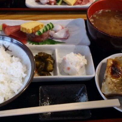 Photo taken at 上総屋 by GOGOGO! on 4/17/2012