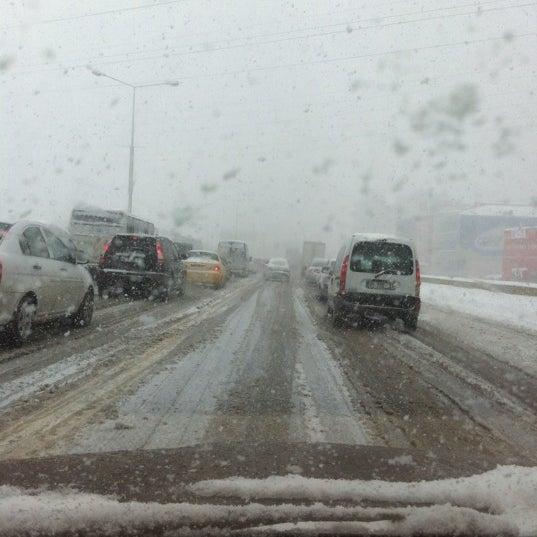 3/12/2012 tarihinde Bülent G.ziyaretçi tarafından Basın Ekspres Yolu'de çekilen fotoğraf