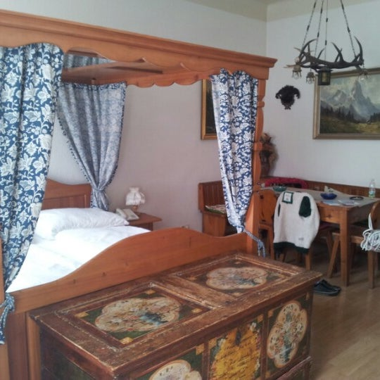 Das Foto wurde bei Hotel Urania von Alexey K. am 9/4/2012 aufgenommen