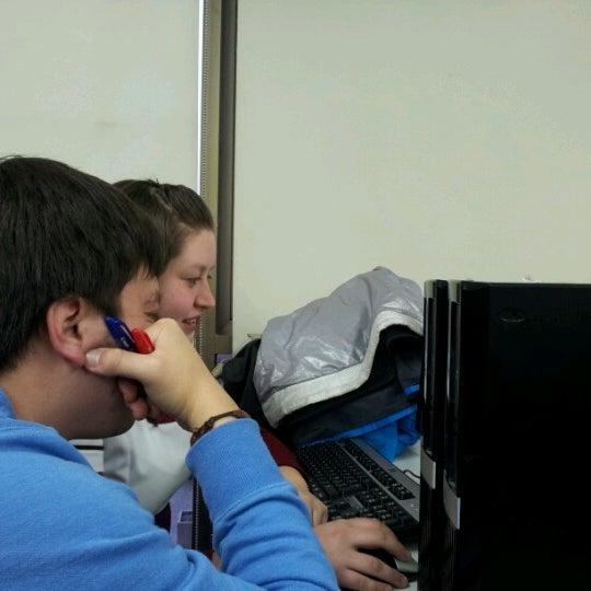 Foto tomada en Universidad Andrés Bello por Romina B. el 6/29/2012