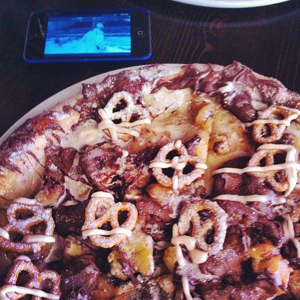 Photo taken at Pizza CS by Boris on 7/29/2012