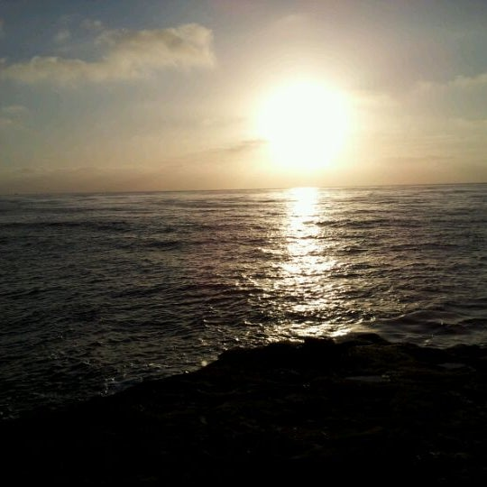 Foto tirada no(a) Sunset Cliffs Natural Park por Niki H. em 3/11/2012