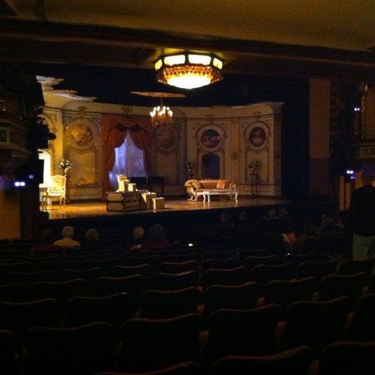 รูปภาพถ่ายที่ Belasco Theatre โดย Rich W. เมื่อ 4/7/2012