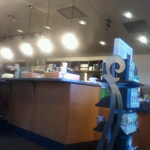 Photo taken at Starbucks by William D. on 9/13/2012
