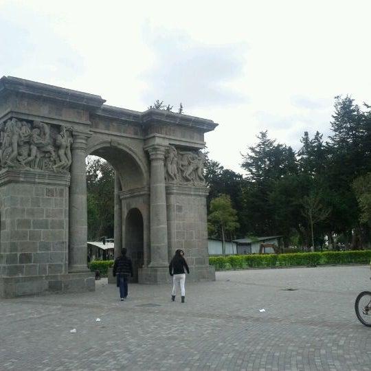 Foto tomada en Parque El Ejido por Xavier C. el 3/8/2012