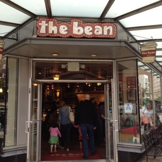 Photo taken at The Bean by omchel the sous on 6/5/2012
