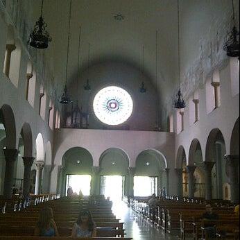Photo taken at Iglesia Nuestra Señora De La Chiquinquira by Curiosa on 4/5/2012