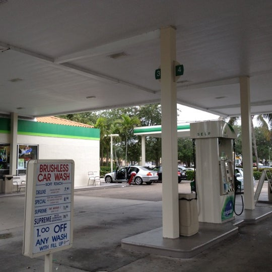 Bp now closed gas station in delray beach solutioingenieria Choice Image