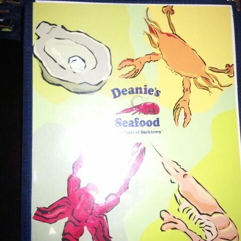 Photo taken at Deanie's Seafood by 504 CocoBoi on 2/19/2012
