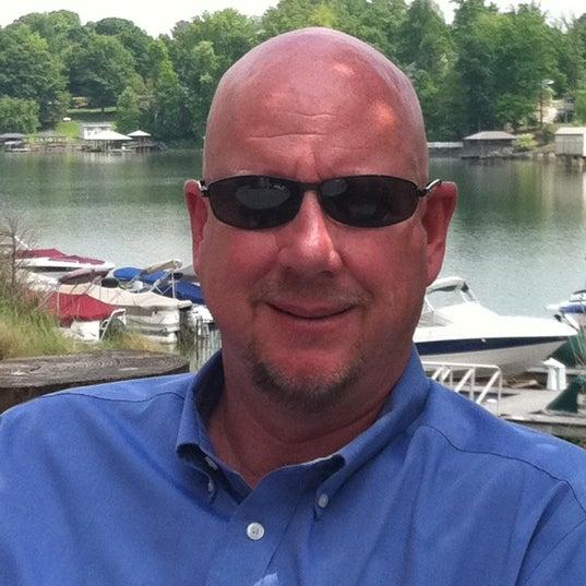 Photo taken at Eddies on Lake Norman by Tim B. on 4/27/2012