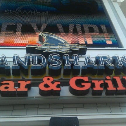 Photo taken at Landshark Bar & Grill by Michael R. on 6/15/2012